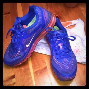 Vibrant Nike Airmax